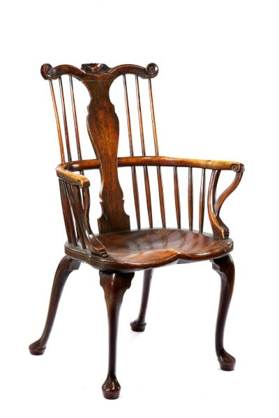 Rare early comb back Windsor chair on cabriole legs (private collection)